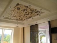 О плюсах и минусах натяжных потолков из ткани